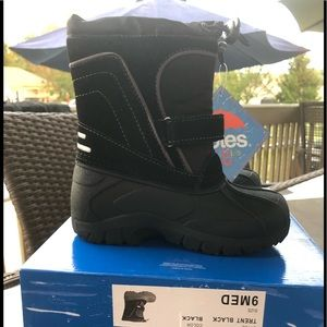 NWT Totes Toddler Boys Boots Trent Size 9